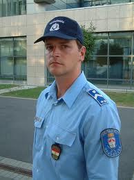 A férfi: a világ rendőre