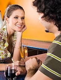 Flört és ismerkedés – tanácsok nőknek