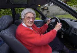 Anikó néni 65 éves