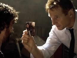 Liam Neeson, a Taken első részében (Elrabolva) Egy aggódó apa, aki elrabolt gyermekéért mindent meg akar tenni.