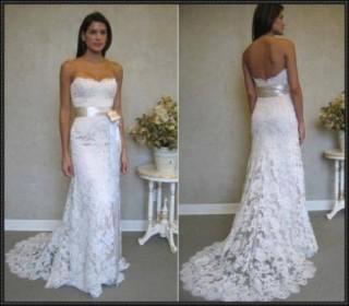 Ezt a ruhát szerette volna Kata viselni az esküvőn. A képen nem ő látható.